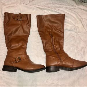 ❄️PERFECT CONDITION FAUX LEATHER BOOTS